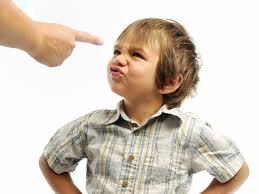 Mới lên 3 tuổi, con anh Hoàng đã có biểu hiện thiếu tập trung, hiếu động hơn những bé khác